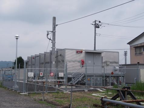 烏山駅に新設された給電設備
