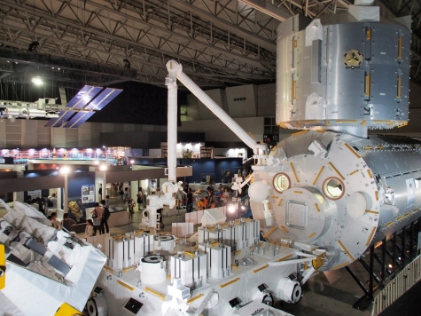 日本実験棟「きぼう」&船外実験プラットホーム【宇宙博2014】