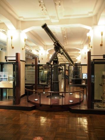 トロートン天体望遠鏡【国立科学博物館】