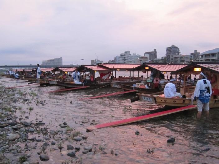 長良川鵜飼いの観覧船