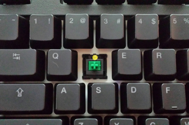 CODE_Mechanical_Keyboard_03.jpg