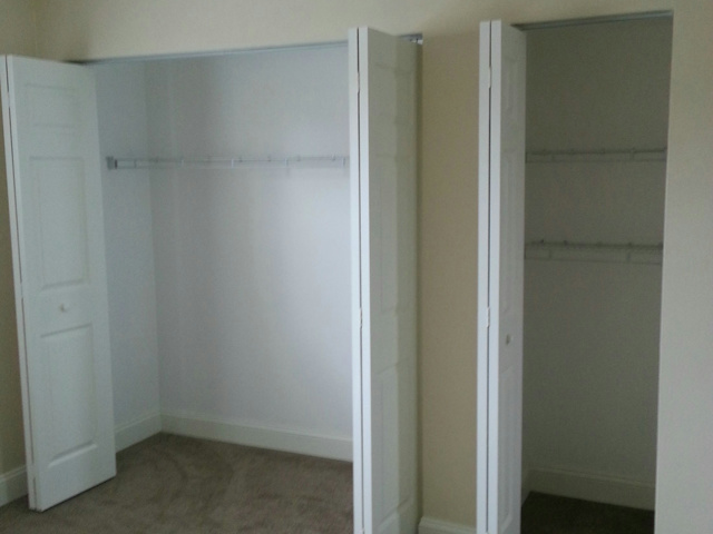 Closet_PC_Desk_02.jpg