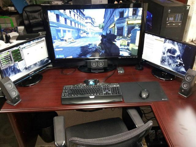 Desktop_Logitech3_10.jpg