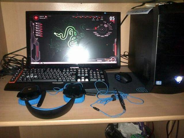 Desktop_Logitech3_30.jpg