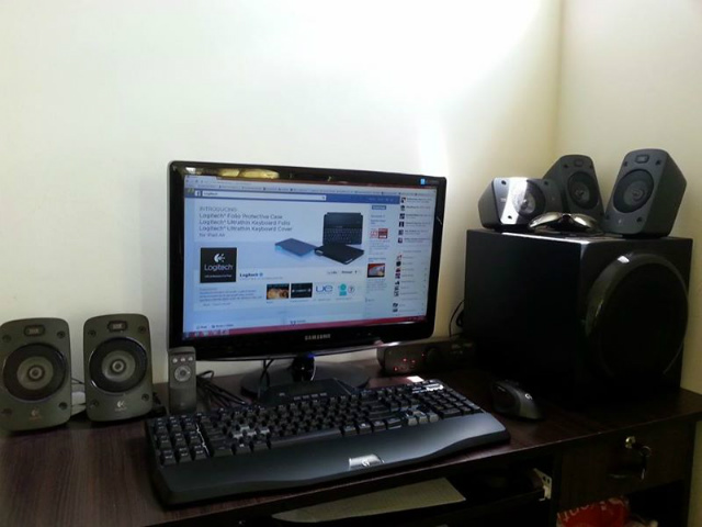 Desktop_Logitech3_44.jpg