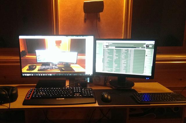 Desktop_Logitech3_94.jpg