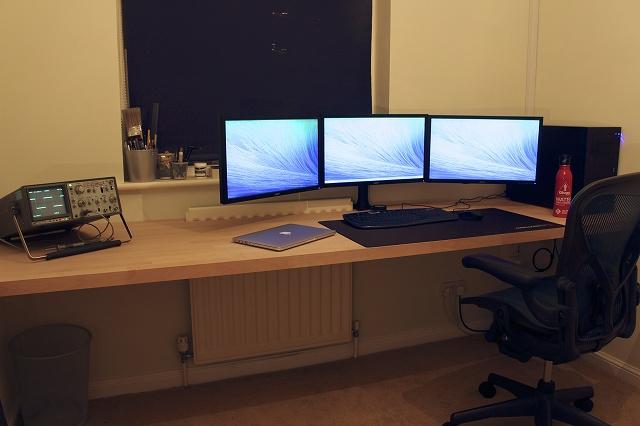 Desktop_MultiDisplay15_25.jpg