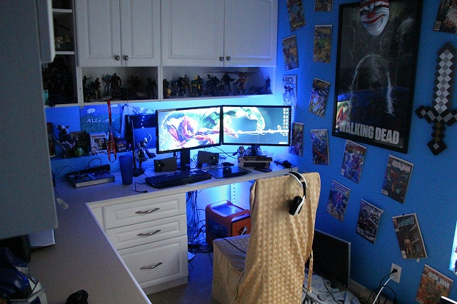 Desktop_MultiDisplay15_50.jpg