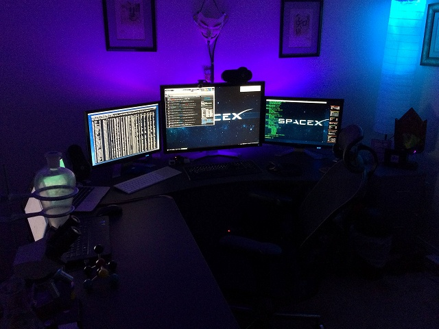 Desktop_MultiDisplay24_32.jpg