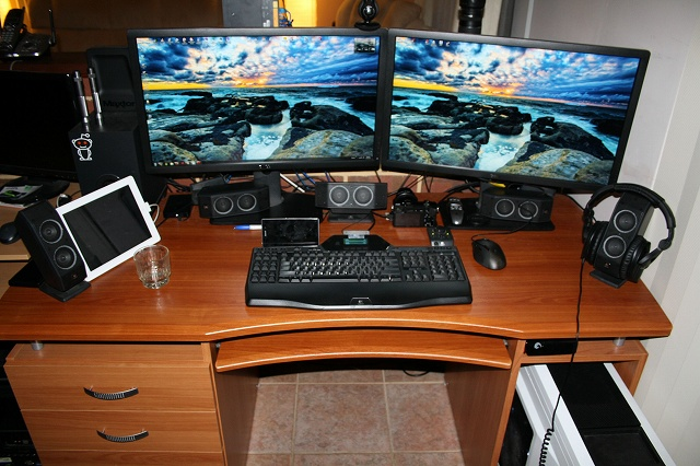 Desktop_MultiDisplay24_53.jpg