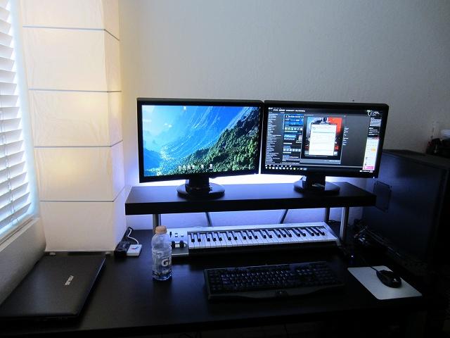 Desktop_MultiDisplay25_23.jpg