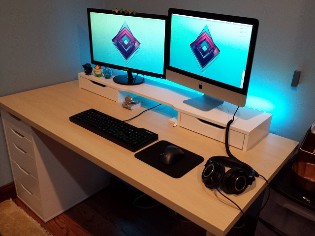 Desktop_MultiDisplay25_34.jpg