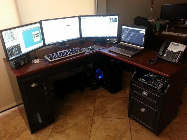 Desktop_MultiDisplay25_35.jpg