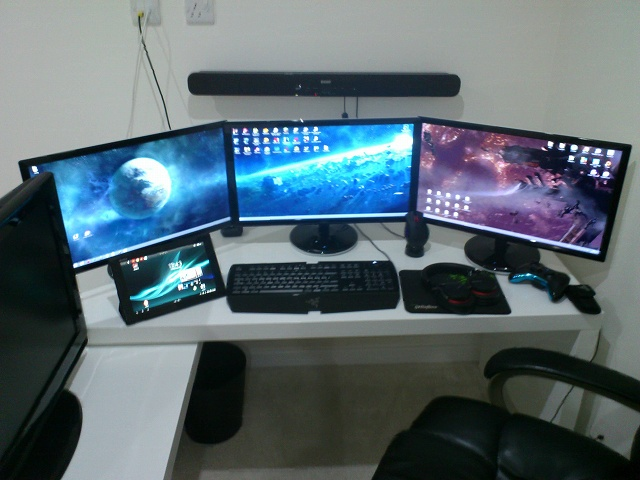 Desktop_MultiDisplay25_69.jpg