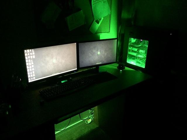 Desktop_MultiDisplay28_08.jpg