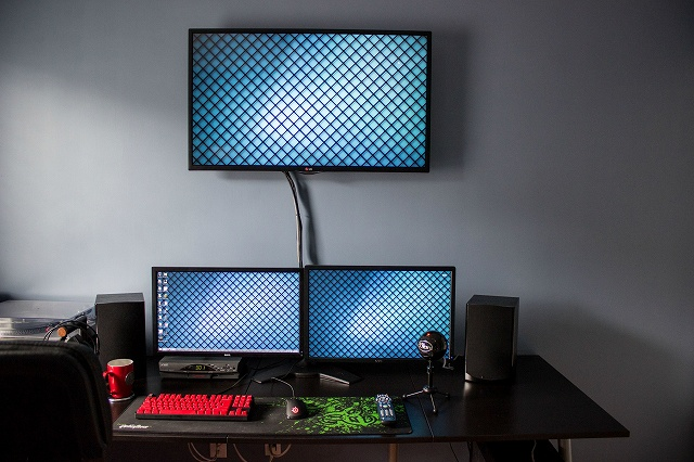 Desktop_MultiDisplay28_31.jpg