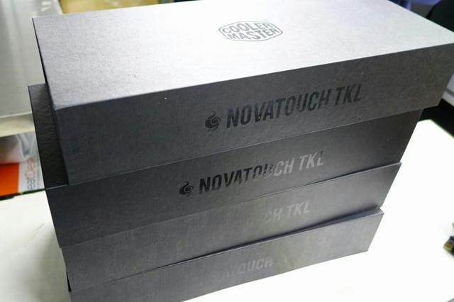 Novatouch_TKL_05.jpg