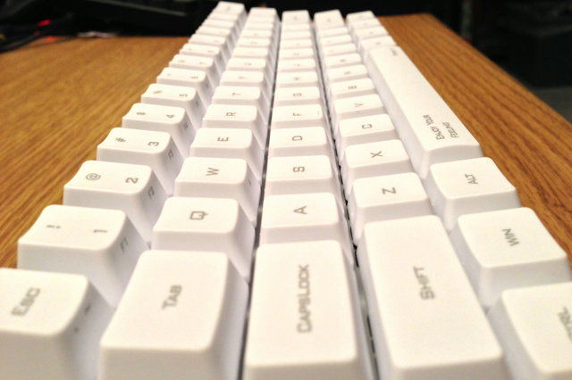 POKER2_White_13.jpg