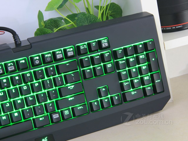 Razer_BlackWidow_Ultimate_2014_05.jpg