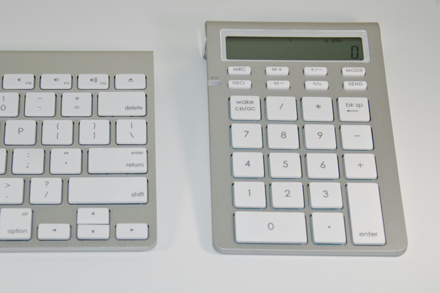 Satechi_Bluetooth_Wireless_Smart_Keypad_01.jpg