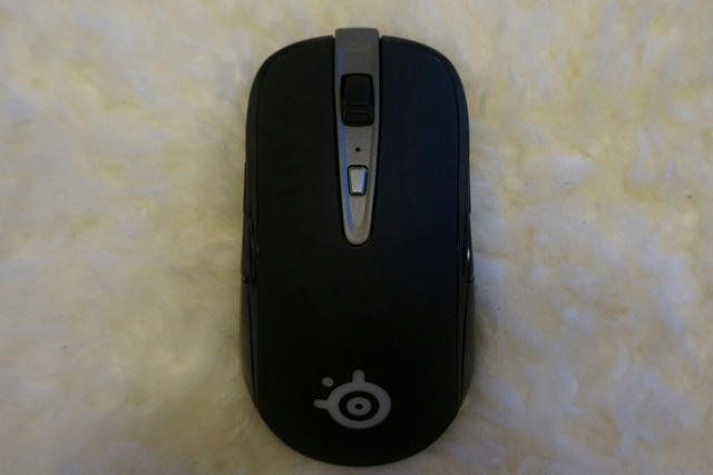 SteelSeries_Sensei_Wireless_10.jpg