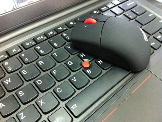 ThinkPad_Bluetooth_Mouse_08.jpg
