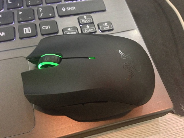 Wireless_Gaming_Mouse_201406_05.jpg