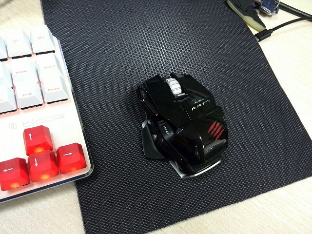 Wireless_Gaming_Mouse_201406_06.jpg